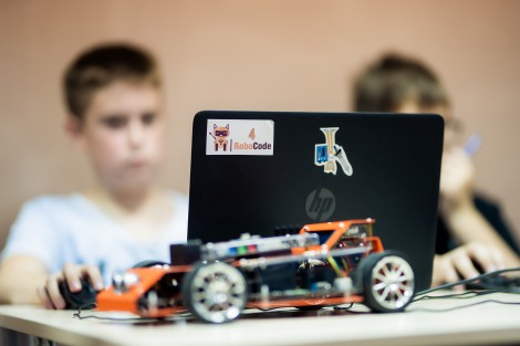 IT, E-sports, and Robotics: Space for Development of Startup Culture Among Youth Created in Enerhodar